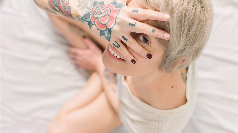 Wer sich ein Tattoo entfernen lassen möchte, sollte sich vorher schlau machen.